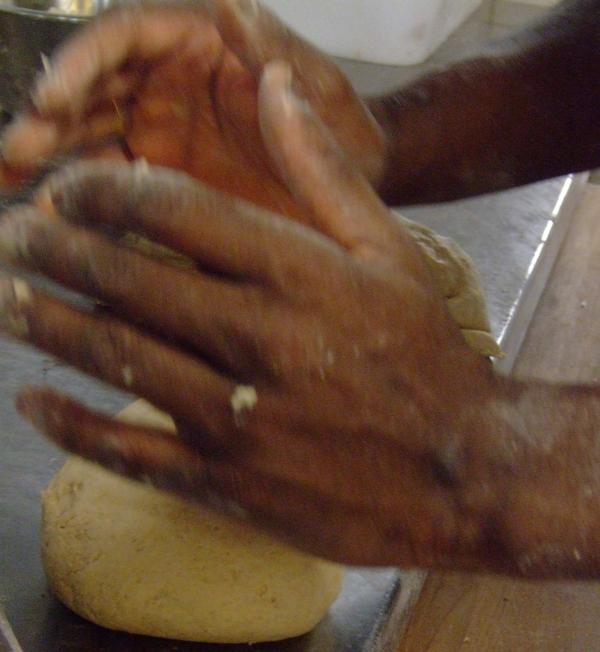 Des mains de boulanger...